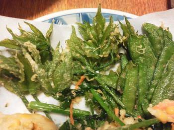 ウドとサヤエンドウの天ぷら